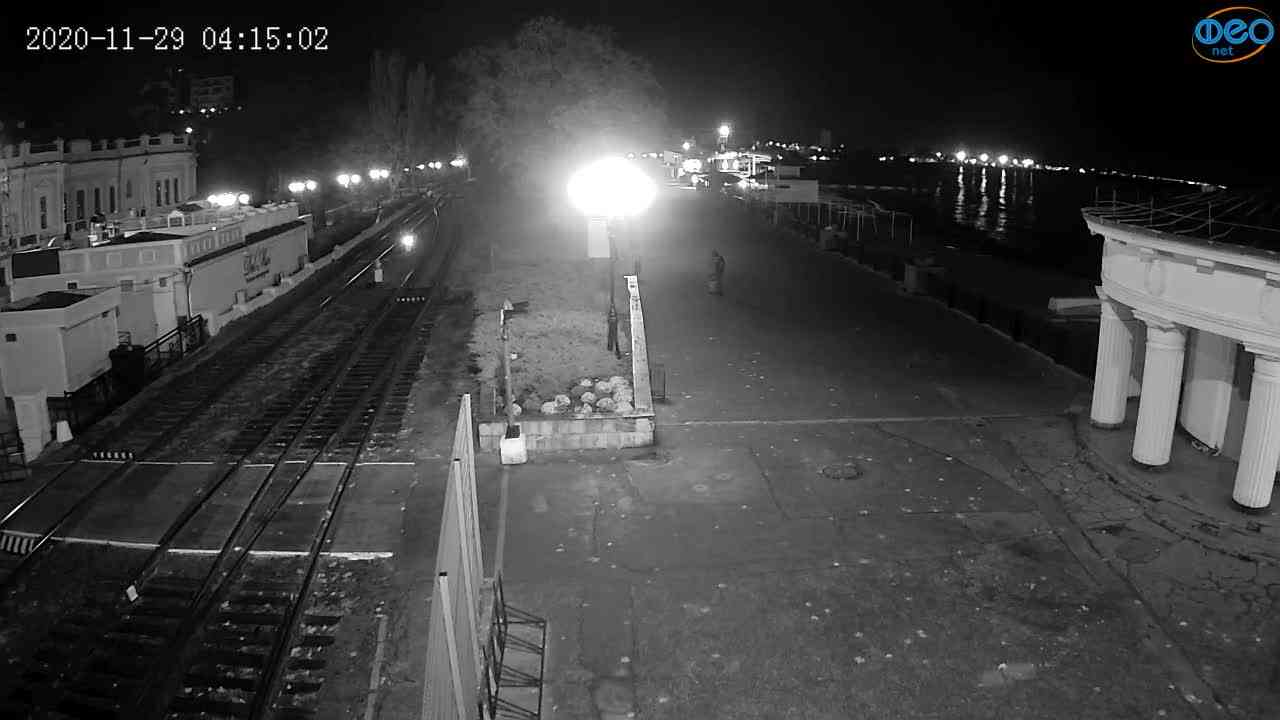 Веб-камеры Феодосии, Набережная, 2020-11-29 04:15:11