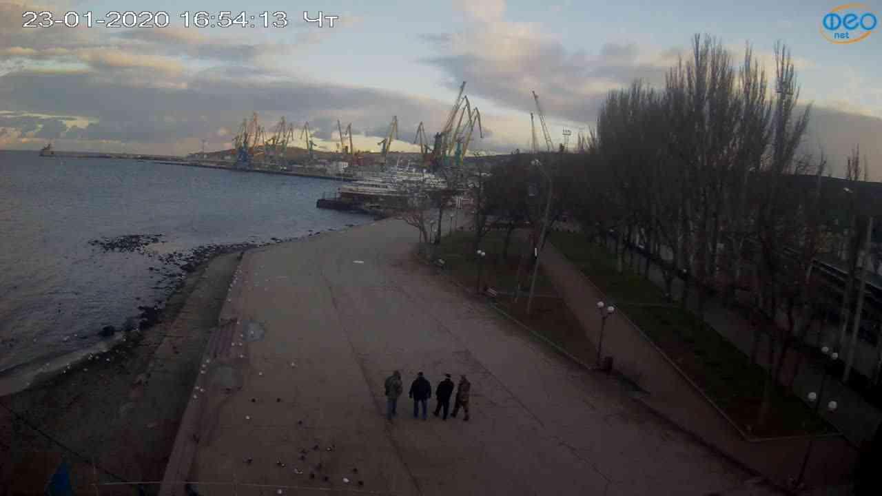 Веб-камеры Феодосии, Набережная Десантников, 2020-01-23 16:55:10