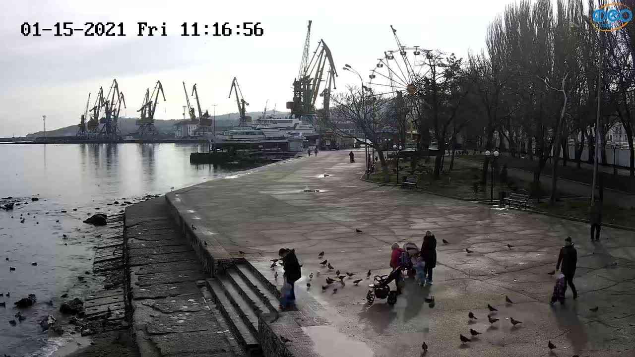Веб-камеры Феодосии, Набережная Десантников, 2021-01-15 11:17:06