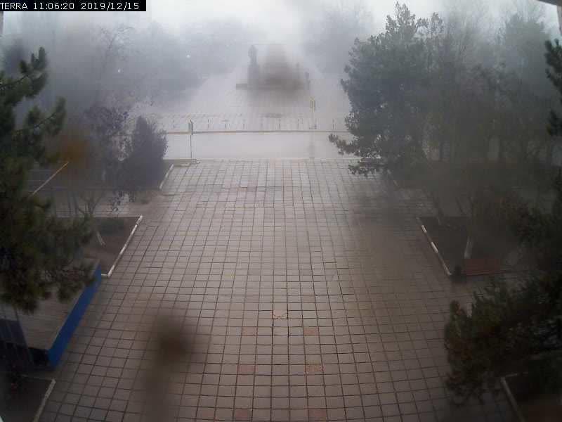Веб-камеры Феодосии, Вид на площадь Ленина, 2019-12-15 11:06:23