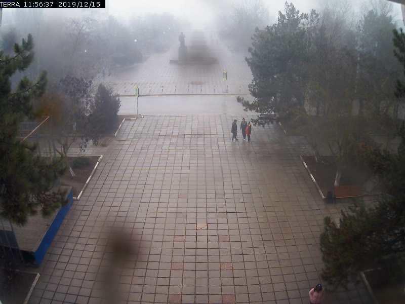 Веб-камеры Феодосии, Вид на площадь Ленина, 2019-12-15 11:56:39