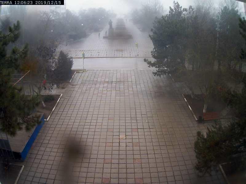 Веб-камеры Феодосии, Вид на площадь Ленина, 2019-12-15 12:06:25