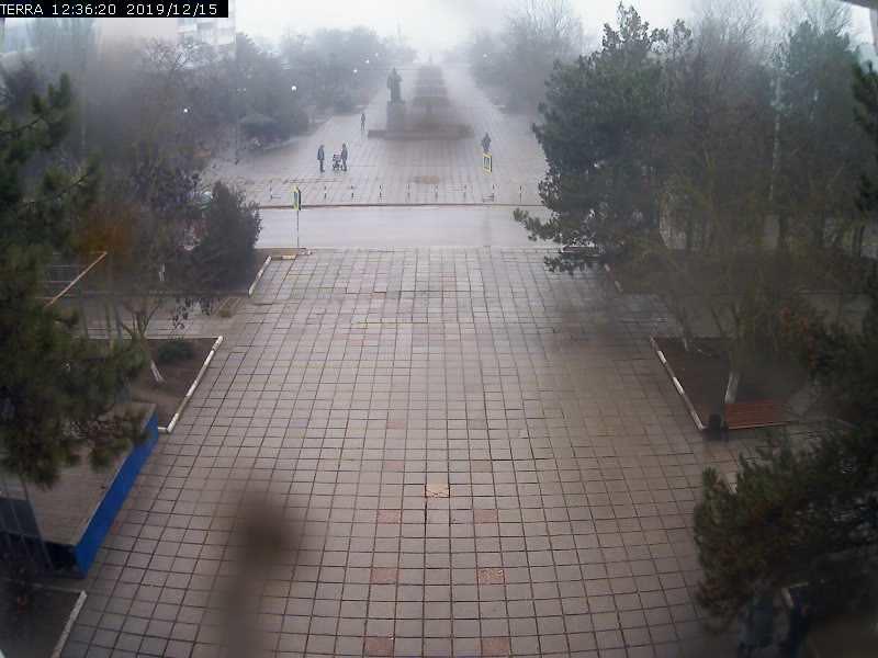 Веб-камеры Феодосии, Вид на площадь Ленина, 2019-12-15 12:36:22