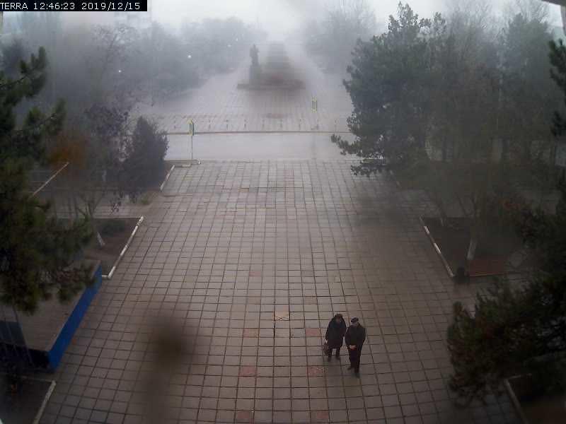 Веб-камеры Феодосии, Вид на площадь Ленина, 2019-12-15 12:46:25