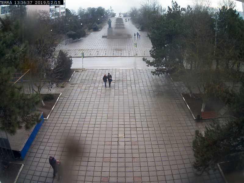 Веб-камеры Феодосии, Вид на площадь Ленина, 2019-12-15 13:36:39