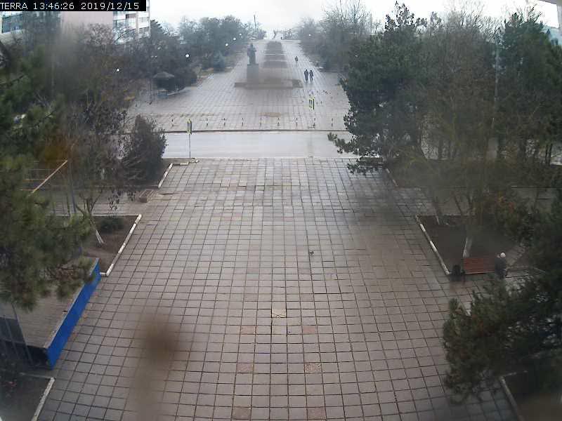 Веб-камеры Феодосии, Вид на площадь Ленина, 2019-12-15 13:46:28
