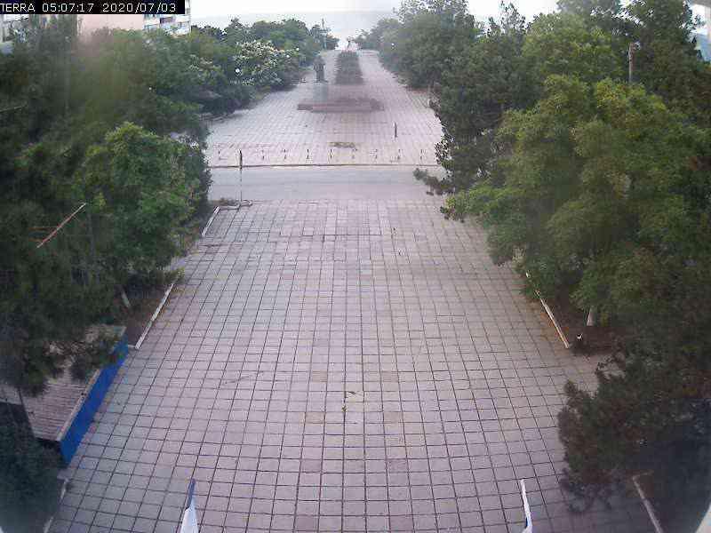 Веб-камеры Феодосии, Вид на площадь Ленина, 2020-07-03 05:07:19