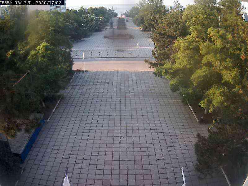 Веб-камеры Феодосии, Вид на площадь Ленина, 2020-07-03 06:17:56