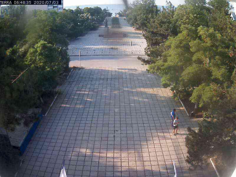 Веб-камеры Феодосии, Вид на площадь Ленина, 2020-07-03 06:48:37