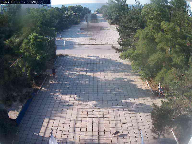 Веб-камеры Феодосии, Вид на площадь Ленина, 2020-07-03 07:19:19