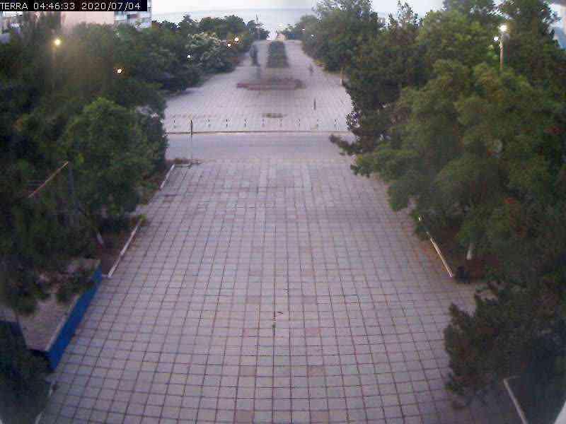 Веб-камеры Феодосии, Вид на площадь Ленина, 2020-07-04 04:46:34