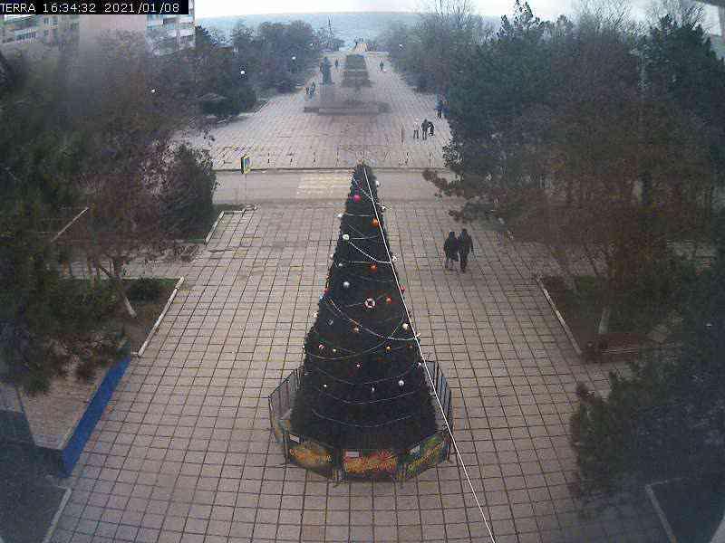 Веб-камеры Феодосии, Вид на площадь Ленина, 2021-01-08 16:34:34