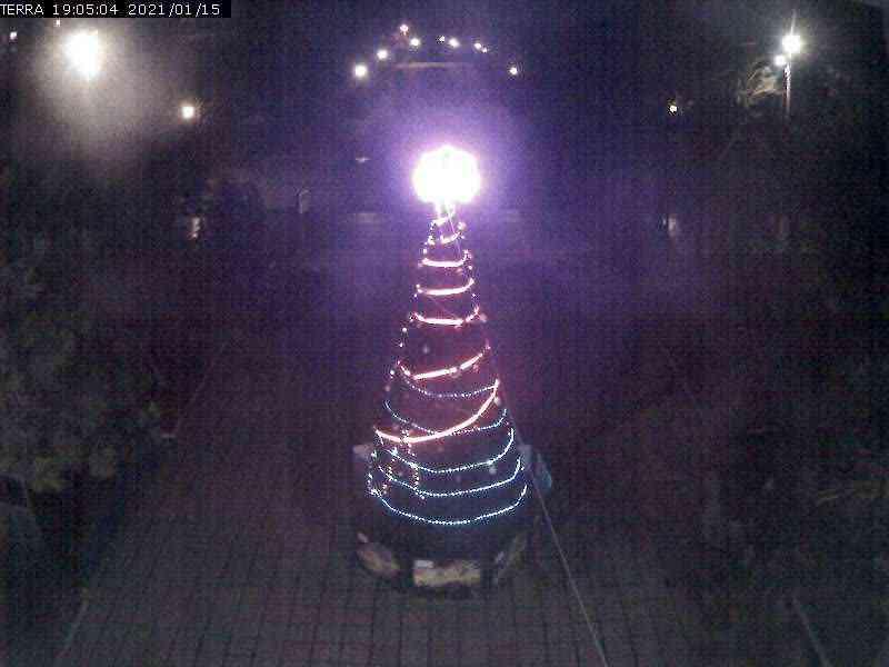 Веб-камеры Феодосии, Вид на площадь Ленина, 2021-01-15 19:05:07