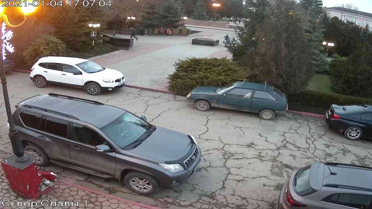 Веб-камеры Керчи, Сквер Славы, 2021-01-04 17:07:05