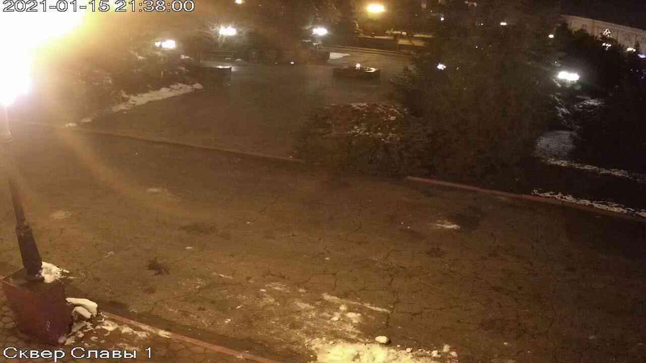 Веб-камеры Керчи, Сквер Славы, 2021-01-15 21:38:01