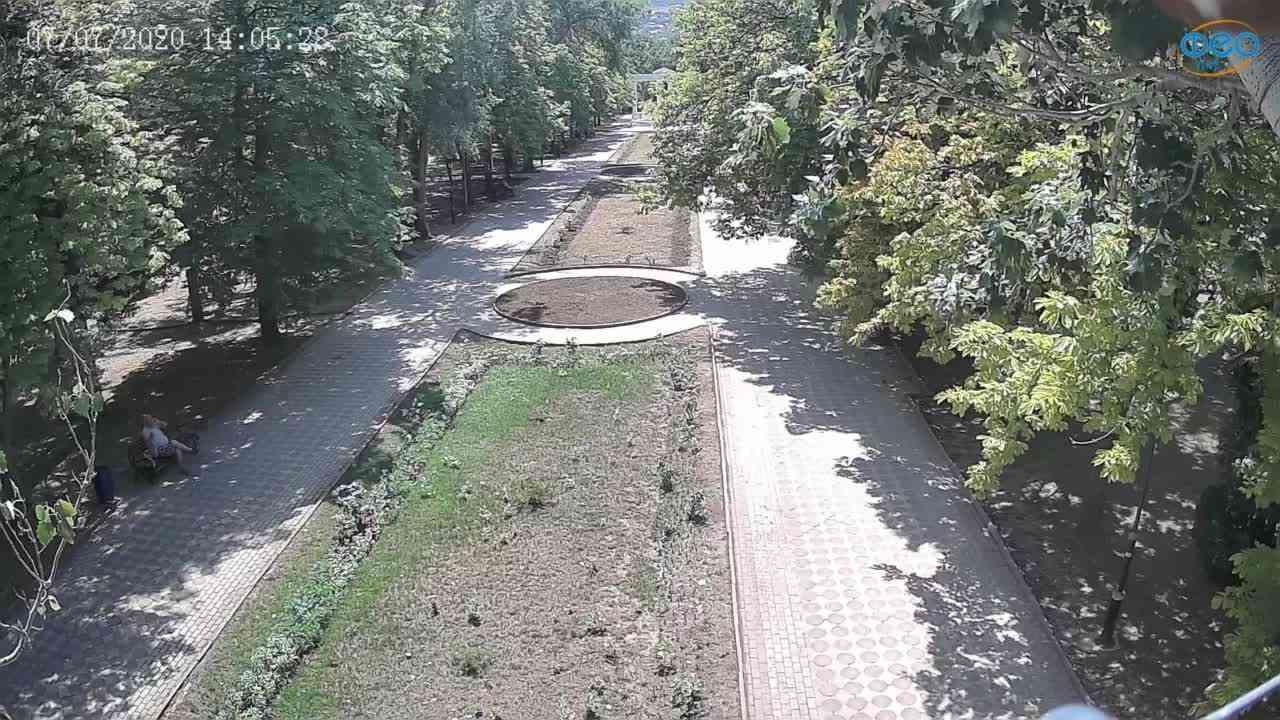 Веб-камеры Феодосии, Памятник Доброму Гению, 2020-07-07 14:05:36