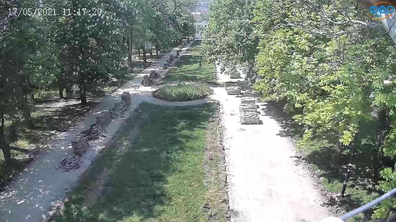 Веб-камеры Феодосии, Памятник Доброму Гению, 2021-05-17 11:17:07