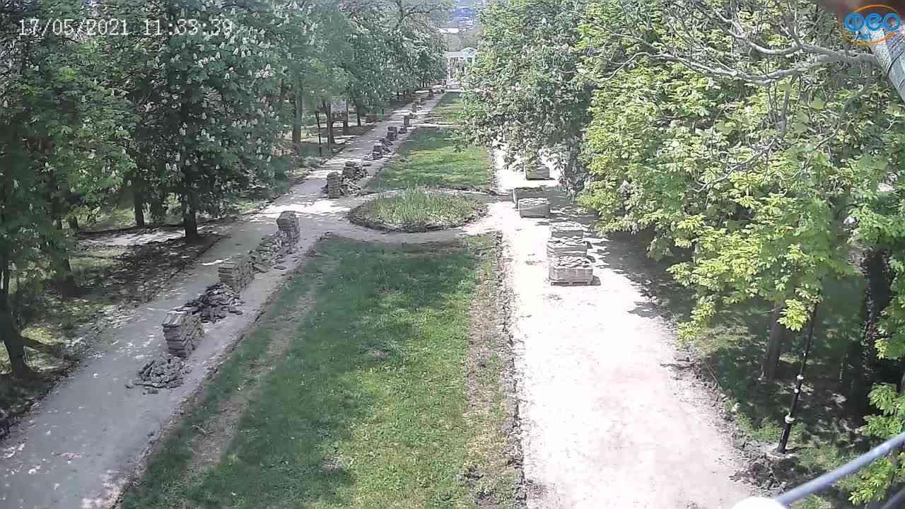 Веб-камеры Феодосии, Памятник Доброму Гению, 2021-05-17 11:33:13