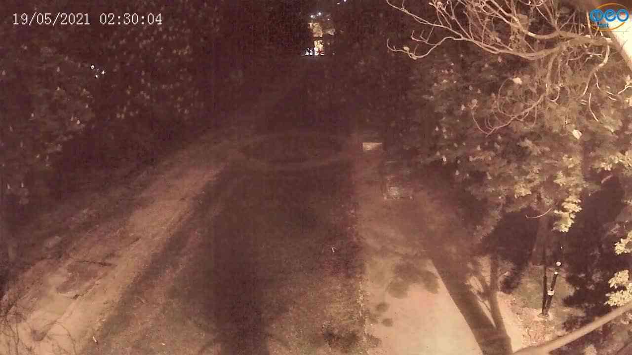 Веб-камеры Феодосии, Памятник Доброму Гению, 2021-05-19 02:29:40