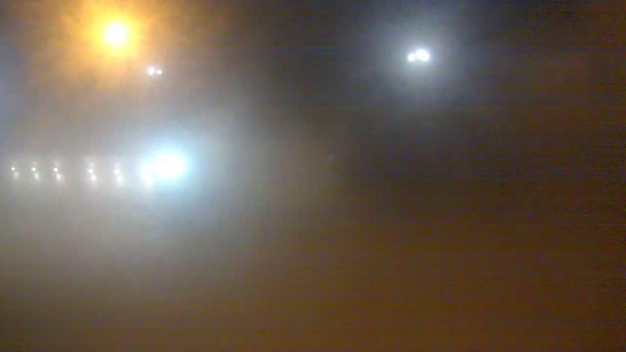 Веб-камеры Феодосии, Переезд и набережная, 2019-12-10 18:56:59